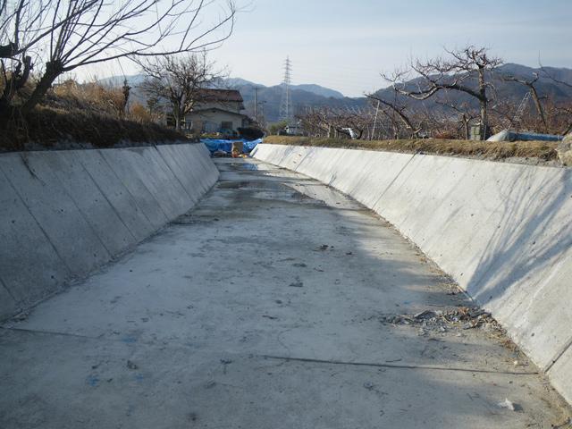 基幹水利施設ストックマネジメント事業下堰地区幹線用水路測量設計