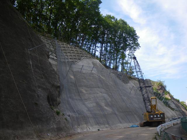 県単道路防災事業に伴う測量設計 (主)川上佐久線